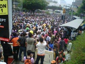 Lagi ribuan yang menuntut agar 8 tuntutan BERSIH 2.0 dilaksanakan.