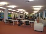 Ruang bacaan di tingkat G