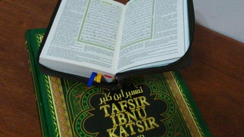 Dapatkah tujuan Al-Quran diturunkan tercapai jika membacanya tanpa memahami?