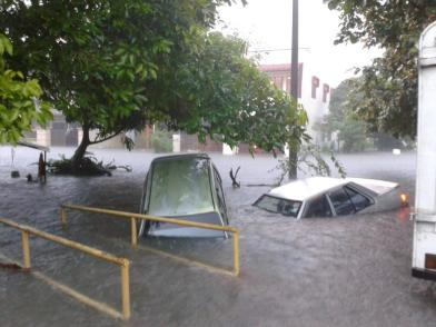 Kereta tenggelam